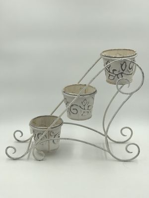 Metal Planter for Sale in Chesapeake, VA