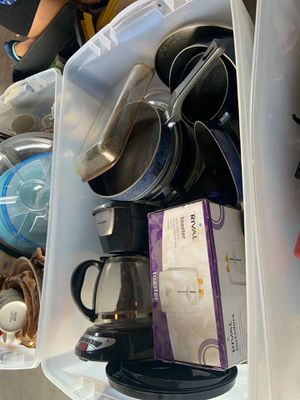 TONS OF KITCHEN COOKWARE for Sale in Denver, CO