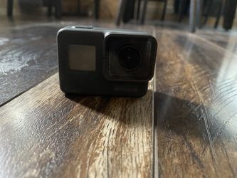 gopro hero 5 black for Sale in Sandy,  OR