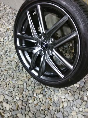2019 tires and rims 18 in for Sale in Tacoma, WA