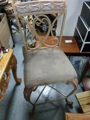 Rustic Iron Chair for Sale in Columbus, OH