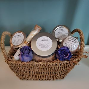 Bath & Beauty baskets for Sale in Strongsville, OH