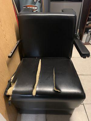 Salon dryer chair for Sale in Pompano Beach, FL