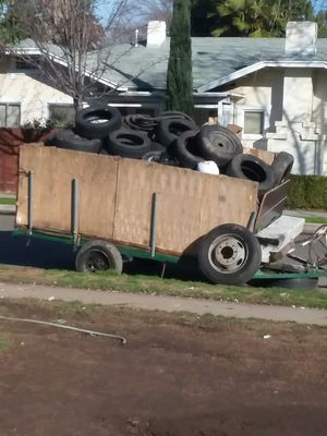 Trailer $400 obo first come first serve. Need gone asap. for Sale in Fresno, CA