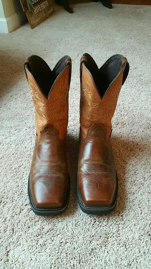 Justin steel toed boots. for Sale in Lexington, SC