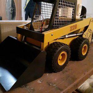 Rc bobcat skid steer for Sale in Byron, CA