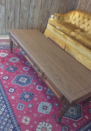 Nice coffee table for Sale in East Wenatchee, WA