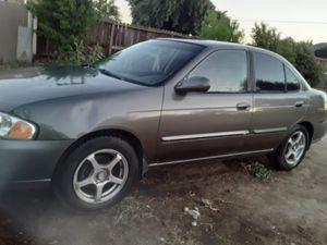 Nissan sentra 2003 muy economico para la gas título limpio for Sale in Fresno, CA