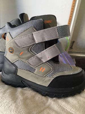 Snow boots for kids $10 for Sale in Claremont, CA