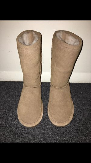 Boots size 7 for Sale in Williamsport, PA