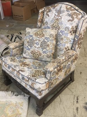 Antique Wingback Dragon Chair for Sale in Lincoln Park, MI