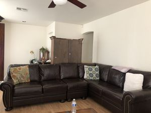 Leather Sectional couch for Sale in Glendale, AZ