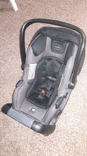 Evenflo car seat, stroller for Sale in Fountain Valley, CA