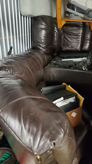 Sectional Couch - Brown Leather (pick up only) for Sale in Lisle, IL