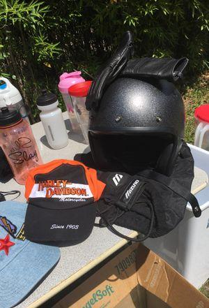 Motorcycle helmet (glittery) for Sale in Orlando, FL