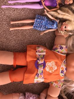 Dolls And A Mic For Girls for Sale in Gaithersburg,  MD
