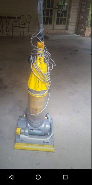 Dyson vacuum cleaner for Sale in Douglasville, GA