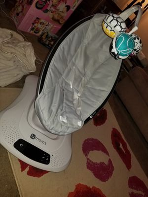 4moms Mamaroo swing for Sale in Staten Island, NY