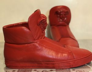 Men's Versace Polazzo size 43 (10 1/2- 11) genuine for Sale in Pasadena, CA