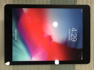 iPad air 16 GB LTE Unlocked for Sale in Hicksville, NY