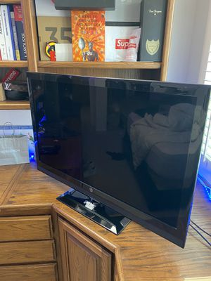 Westinghouse 40 inch TV for Sale in Mission Viejo, CA