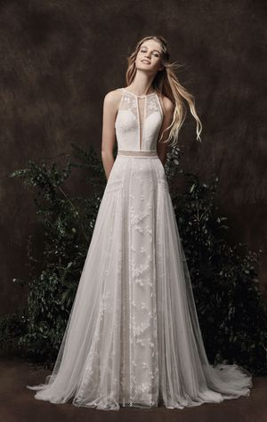 Chic Nostalgia Autumn Wedding Dress, Sz 6, BRAND NEW for Sale in Bel Air, MD