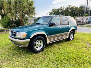 Ford Explorer Eddie Bauer 1owner for Sale in Tampa, FL