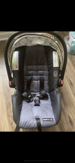 Graco car seat stroller set for Sale in Charlotte, NC