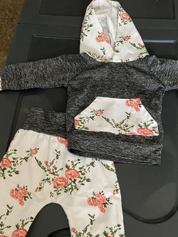 0-3 Month Girl Clothes for Sale in Orlando,  FL