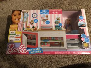Barbie ultimate kitchen for Sale in Lakewood, WA