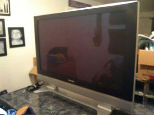 "42"" Panasonic plasma screen for Sale in Kingsport, TN"