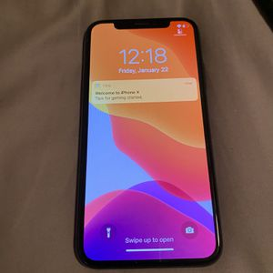 iPhone X 256 GB - No Scratches, Practically New for Sale in Seattle, WA