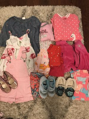 4T toddler girl clothes for Sale in Kent, WA