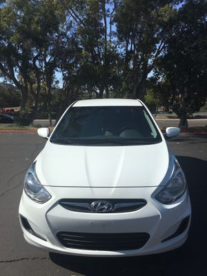 2014 Hyundai Accent hatchback for Sale in El Cajon, CA