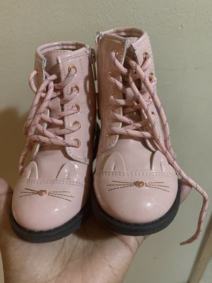 Toddler girl boots 7c for Sale in West Allis, WI