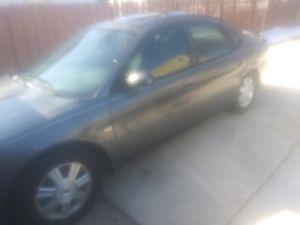 "04 Ford Taurus """" 99,xxx miles """" for Sale in Aurora, IL"