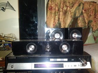 Samsung 5 DVD Disc Surround Sound Home Theater System for Sale in Greenville,  SC
