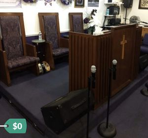 Free Church Altar Furniture for Sale in Brandywine, MD