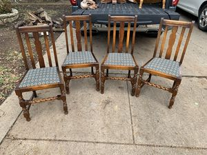 Wooden dinner table dining table chairs vintage for Sale in Arlington, TX