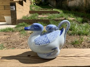 Chinoiserie Duck Tea Pot for Sale in Bethesda, MD