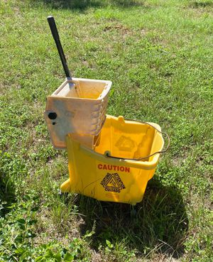 Commercial mop bucket. Good condition for Sale in Fort Worth, TX