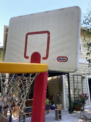Little Tikes basketball Toy for Sale in Bothell, WA
