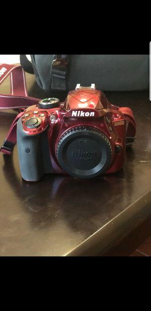 Nikon d3400 red for Sale in Alameda, CA