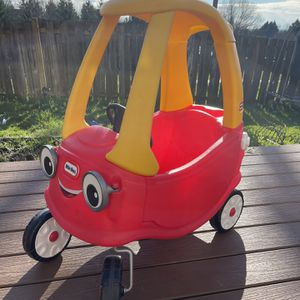 Little Tikes Car for Sale in Cedar Mill, OR