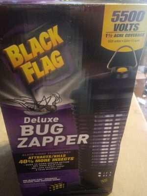 Deluxe bug zapper 5500 volts for Sale in Kernersville, NC