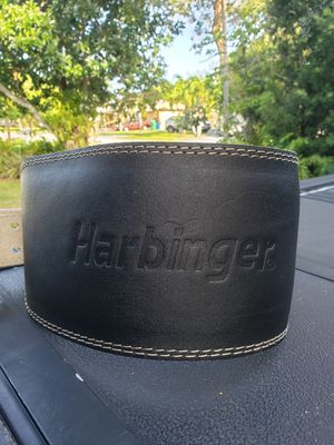 **BRAND NEW WITH TAGS**Harbinger Padded Leather Contoured Weightlifting Belt with Suede Lining and Steel Roller Buckle for Sale in Miami, FL