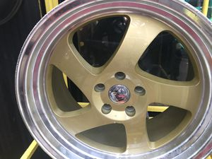 Ipw gold rims 19x8.5/10 et35 5-114.3 for Sale in Bronx, NY