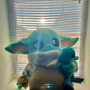 STAR WARS The Mandalorian Cuddle Plush Stuffed Toy 🔥🔥🔥 for Sale in Belleville, NJ