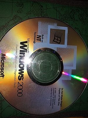 Windows 2000 OEM CD with activation Key for Sale in Covington, PA