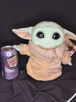 Baby Yoda From  Mandalorian for Sale in Fresno, CA